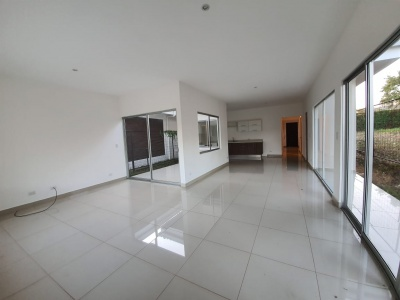 Ulloa, Heredia, 2 Bedrooms Bedrooms, 2 Rooms Rooms,1 BathroomBathrooms,Casa,Venta,1261