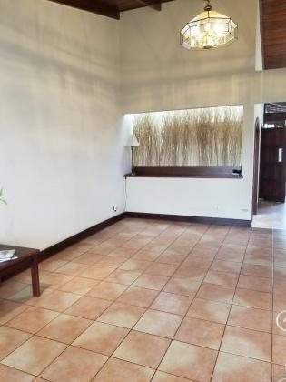 Plaza Lincoln, San Jose, 3 Bedrooms Bedrooms, 3 Rooms Rooms,3 BathroomsBathrooms,Casa,Venta,1389
